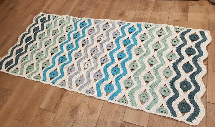 Wellenteppich mit Kreisen